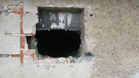Snímky z místa činu. Vloupání do garáže.