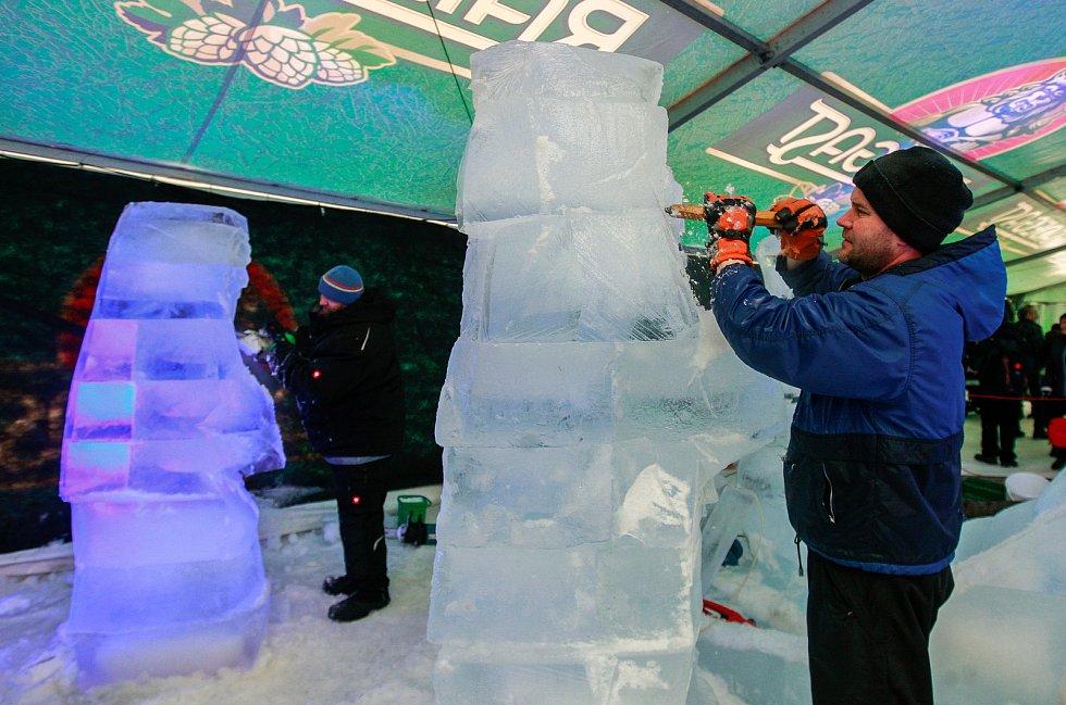 Ledové sochy na Pustevnách.