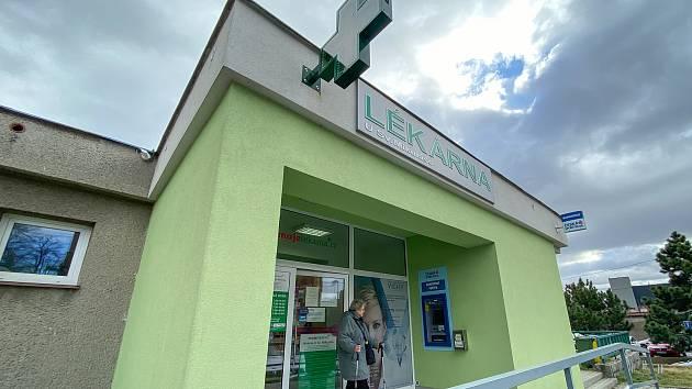 Lékárna U Sv. Mikuláše v Ludgeřovicích, únor 2020.