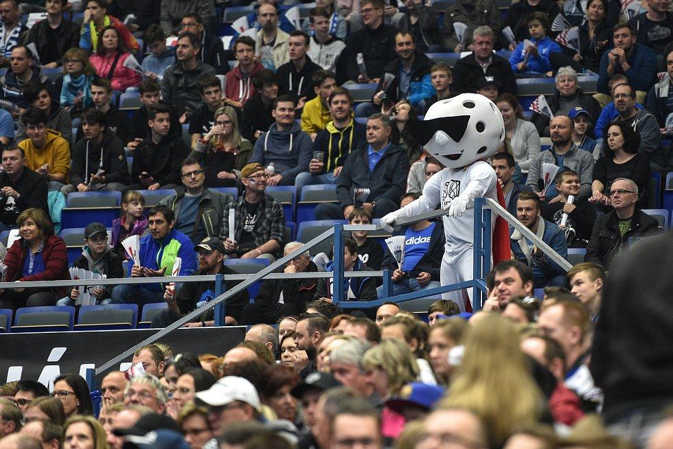 Superfinále play off florbalové superligy žen: 1. SC Tempish Vítkovice - Fetpipe Florbal Chodov, 14. dubna 2019 v Ostravě. Na snímku fanoušci.