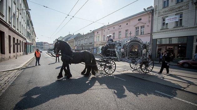 Romský pohřeb v Ostravě