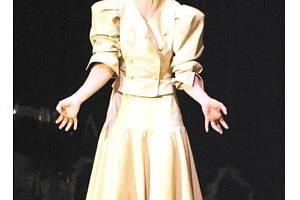 Petra Bučková v roli lady Mackbeth v Divadle Petra Bezruče