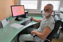 MUDr. René Chlebik z gastroenterologické ambulance Nemocnice AGEL Třinec-Podlesí.