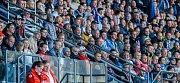 FC Baník Ostrava – SK Slavia Praha. Trenér Baníku Bohumil Páník poté sledoval zbytek zápasu mezi diváky