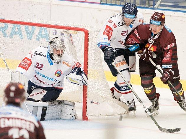 HC Vítkovice Ridera vs. HC Sparta Praha.