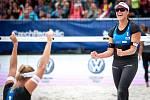 Turnaj Světového okruhu v plážovém volejbalu - semifinále, 24. června 2018 v Ostravě. Na snímku (vlevo) Markéta Sluková a Barbora Hermannová.