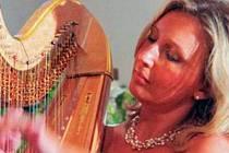Světově proslulá harfenistka Jana Boušková