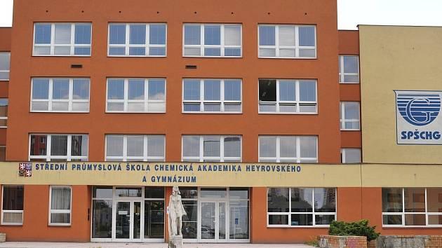 Chemická průmyslovka v Ostravě-Zábřehu. Ilustrační foto.
