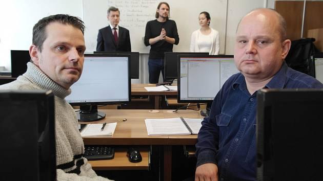 Razíme cestu se jmenuje program pro bývalé horníky, kterého se účastní i Martin Adamec (vlevo) a Rostislav Rozbroj.