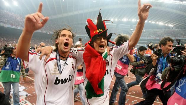 SPOLUHRÁČI Z MILÁNA. Marek Jankulovski hrával s Davidem Beckhamem v AC Milán.
