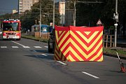 Motorkář srazil v Sirkové ulici chodce