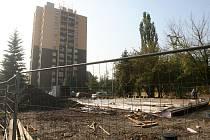 Obyvatelé sídliště Kamenec ve Slezské Ostravě se svou peticí proti stavbě benzinové pumpy neuspěli.