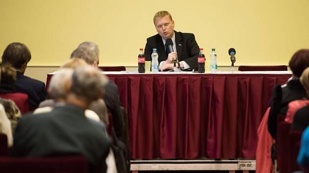 Do Ostravy v pátek zavítal předseda KDU-ČSL, místopředseda vlády pro vědu, výzkum a inovace a poslanec Pavel Bělobrádek.