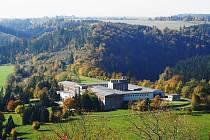 Úpravna vody v Podhradí u Vítkova je největší úpravnou ve společnosti SmVaK. V současnosti prochází modernizací, investice si vyžádá zhruba 130 milionů korun.