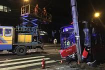 Vážná nehoda autobusu v Ostravě.