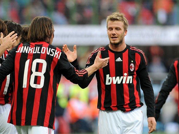SPOLUHRÁČI ZMILÁNA. Marek Jankulovski hrával sDavidem Beckhamem vAC Milán.