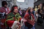 Masopustní veselí v centru Ostravy.