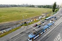 Příkladem využití brownfield v Ostravě je území Karoliny v centru města
