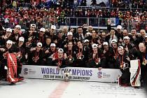 Mistrovství světa hokejistů do 20 let, finále: Rusko - Kanada, 5. ledna 2020 v Ostravě. Na snímku vítězný tým Kanady.