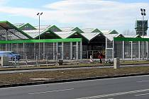 Stavba prodejny Hornbach ve Vítkovicích je před dokončením. Otevřen by měl být zhruba v polovině letošního roku.