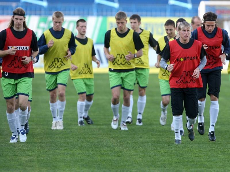 V úterý 21. dubna odpoledne trénoval fotbalisty Baníku na ostravských Bazalech Verner Lička.
