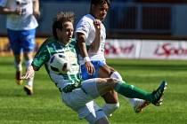 Fotbalisté ostravského Baníku v sobotu prohráli doma i s Bohemkou. vlevo Michal Švec, vpravo Dyjan Carlos De Azevedo.