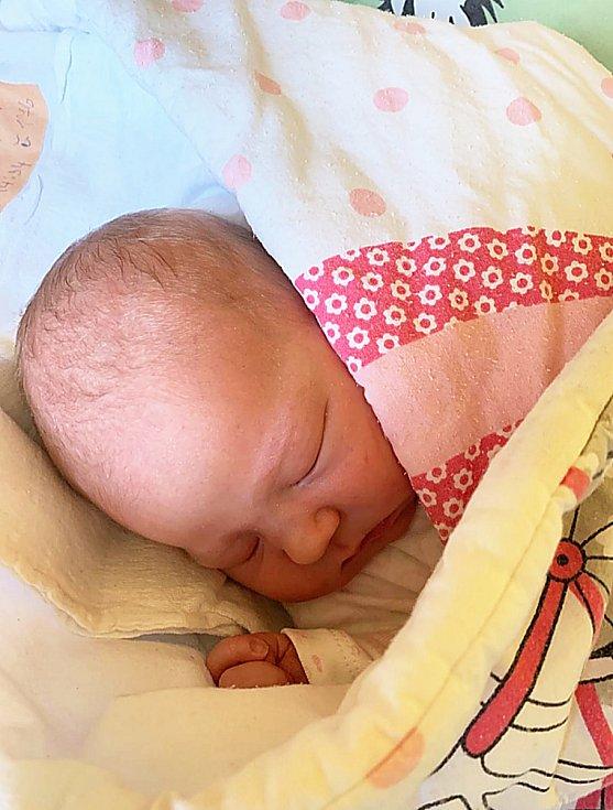 Eleni Samli, Krnov, narozena 22. března 2021 v Krnově, míra 46 cm, váha 3000 g. Foto: Pavla Hrabovská