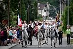 Honění krále ve Lhotce, dne 8. června v Ostravě. Na snímku slavnostní průvod.