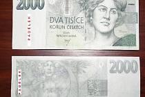 Padělané bankovky.