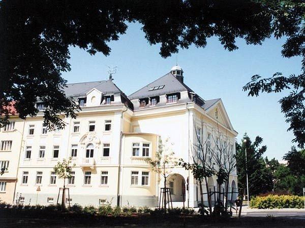 Budova Slezské univerzity v Opavě