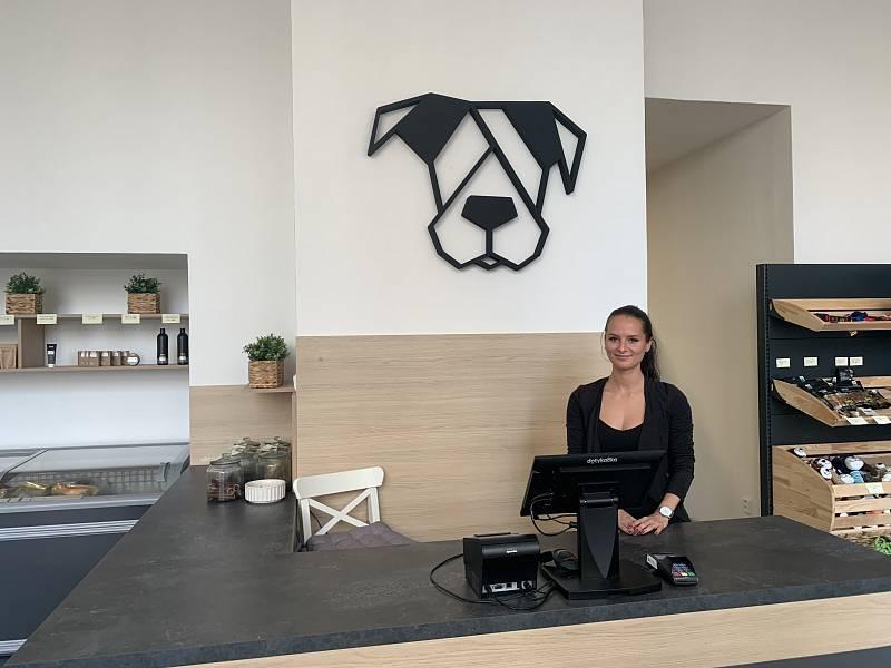 Dog Barf se zaměřuje na chovatelské potřeby a kvalitní psí stravu.