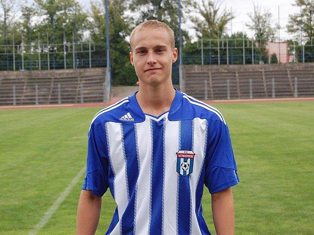 Mladý fotbalový útočník Radovan Lokša.