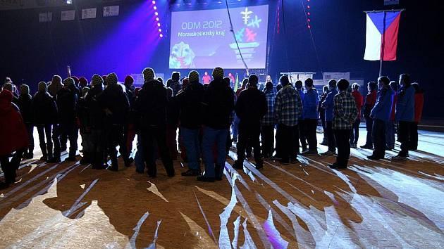 Olympiáda dětí a mládeže, která včera vyvrcholila v Ostravě finálovým zápasem v ledním hokeji a slavnostním zakončením, je minulostí.