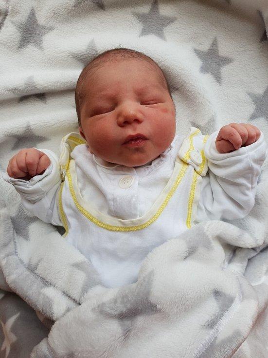 Matěj Zoul, Bolatice, narozen 16. července 2021 v Opavě, váha 3090 g, míra 48 cm. Foto: Lucie Dlabolová