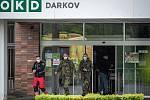 Plošné testování v souvislosti s nákazou Covid-19 v Dole Darkov na Karvinsku. Hygienikům pomáhala i armáda. Ilustrační foto.
