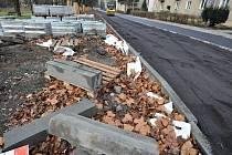 Nové chodníky jsou to, po čem tamní obyvatelé volali nejvíce. Teď už je konečně mají a mohou se po nich bezpečně pohybovat.