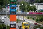 Cena benzínu 18. července 2019 v Ostravě.