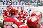 Čtvrtfinále play off hokejové extraligy - 3. zápas: HC Vítkovice Ridera - HC Oceláři Třinec, 24. března 2019 v Ostravě. Na snímku (uprostřed) Martin Růžička.