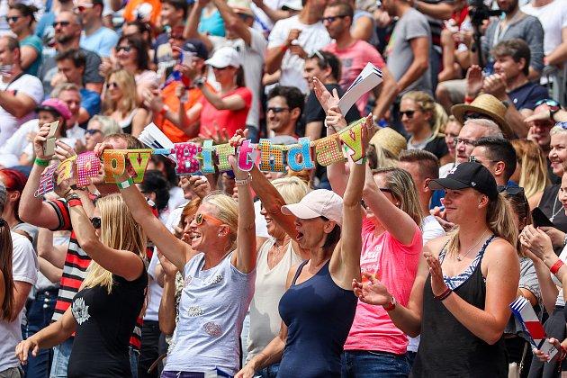 FIVB Světové série vplážovém volejbalu J&T Banka Ostrava Beach Open, 1.června 2019vOstravě. Na snímku fanoušci.