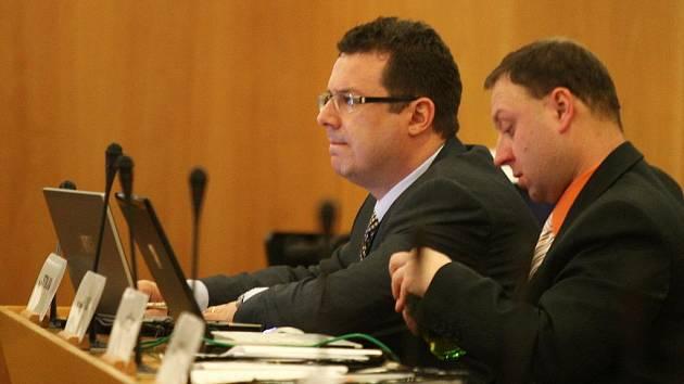Radní Moravskoslezského kraje Jan Stoklasa poté, co Deník upozornil na jeho podezřelé podnikatelské aktivity, na svůj post rezignoval.