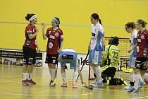Florbalistky Vítkovic vyhrály v Olomouci 5:4.
