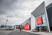 Ve zmodernizované středové části ostravského Avionu se otevřelo šestadvacet nových obchodů, kterým vévodí dlouho očekávaná prodejna ZARA.