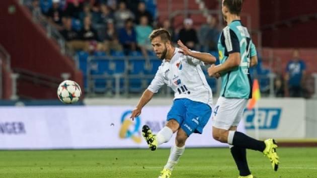 Záložník Václav Ježdík nemůže kvůli liknavosti vedení Baníku Ostrava momentálně v lize hrát.
