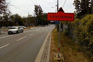 Tato značka se objevila v Porážkové ulici v Ostravě.