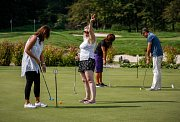 Golf Park Lhotka hostil obchodní partnery Deníku.