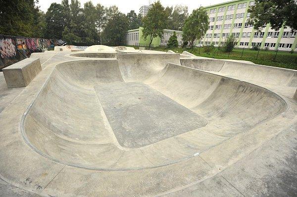 Nový bikepark vareálu skateparku ve Lvovské ulici vOstravě-Porubě.