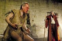 Jan Tříska v inscenaci Shakespearovy Bouře