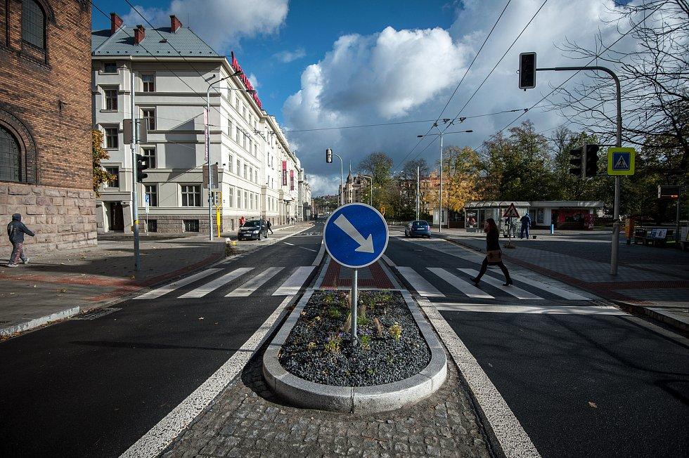 Ulice Českobratrská těsně před otevřením po velké rekonstrukci, 30. října 2017 v Ostravě.