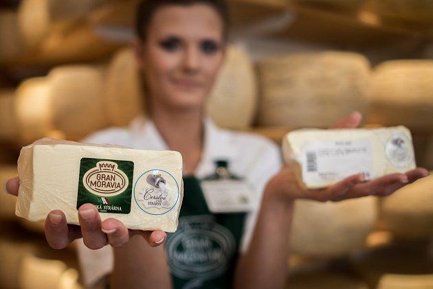 Firma La formaggeria Gran Moravia prodávala 13. července 2017 v Ostravě čerstvé máslo za cenu 199Kč/1kg.