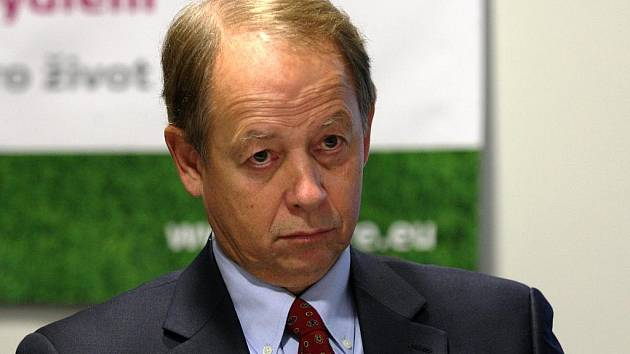 Tony Aksich, šéf společnosti RPG Real Estate, na tiskové konferenci k výsledkům nejnovějšího auditu.